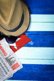 在古巴旗子背景的共产主义题材 免版税库存照片
