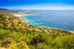 在可西嘉岛,法国,欧洲的南部分的美好的海岸线 图库摄影
