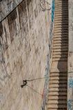 在台伯河河岸,罗马,意大利的石台阶 图库摄影