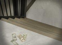 在台阶的失去的现金 免版税库存照片
