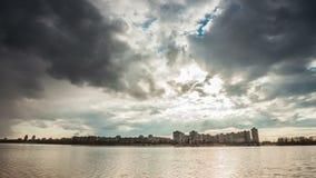 在台风天空的暴风云定期流逝 影视素材