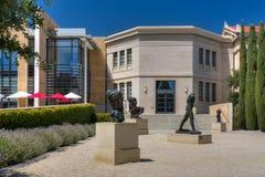 在史丹福大学的罗丹铜雕塑 库存图片