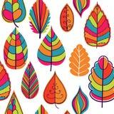 在叶子题材的色的无缝的样式 秋天 免版税库存照片