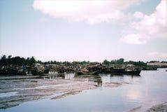 在吉大港停泊的小船孟加拉国 图库摄影