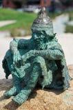 在吉朗江边的童话雕塑 库存照片