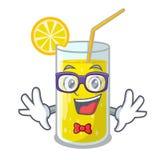 在吉祥人的怪杰玻璃新鲜的柠檬汁 库存例证
