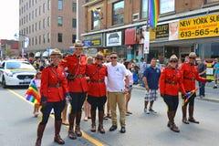 在同性恋自豪日游行渥太华的RCMP 免版税库存照片