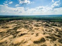在含沙领域的美丽的景色在乡下 库存图片