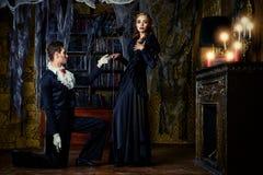 在吸血鬼之间的爱 库存照片