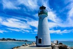 在和平的海滩的烽火台 库存图片