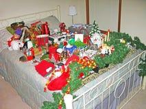 在哀伤的雪人的圣诞节 免版税库存照片
