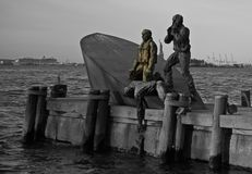 在哈得逊河NYC的船击毁 免版税库存照片