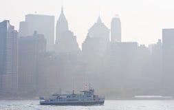 在哈德森的有雾的早晨 免版税库存照片