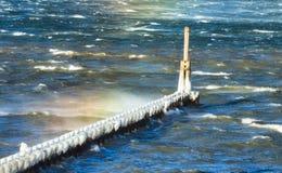在哥伦比亚河的冰 免版税库存照片