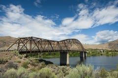 在哥伦比亚河的Beebe桥梁 免版税库存图片