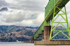在哥伦比亚河Astoria俄勒冈的Megler桥梁 库存图片