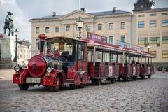 在哥德堡市停放的一列观光的火车 库存图片