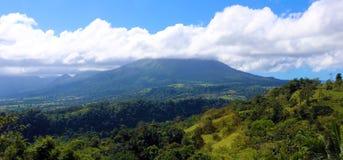 在哥斯达黎加中美洲volcan激活的阿雷纳尔火山 免版税库存照片