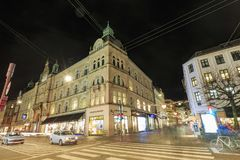 在哥本哈根街道上的圣诞节装饰  免版税图库摄影
