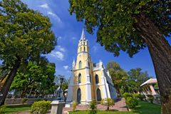 在哥特式教会样式Wat Niwet Thammaprawat的泰国寺庙 库存照片