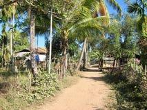 在唐Khon海岛上的村庄  库存图片