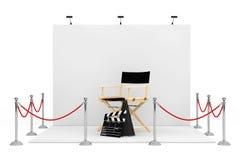在商业展览摊附近的障碍绳索有Chair,电影主任的 免版税库存照片
