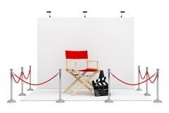 在商业展览摊附近的障碍绳索有Chair,电影主任的 库存图片