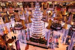 在商城的圣诞节装饰在古尔冈 免版税库存图片