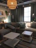 在商店宜家得克萨斯美国的现代家庭娱乐室设计 库存照片