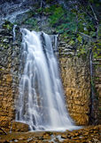 在喀尔巴阡山脉,乌克兰的瀑布 库存图片