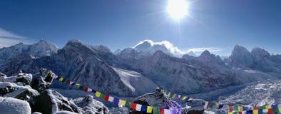 在喜马拉雅山和冰川的山 免版税库存照片