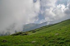在喜马拉雅山的云彩 库存照片