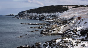 在囊小海湾,纽芬兰与拉布拉多的风景海岸线 免版税库存图片