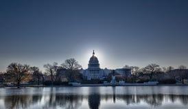 在国会大厦dc圆顶日出之后 免版税库存图片