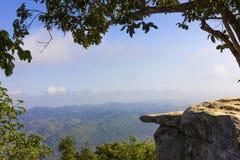 在国家公园的峭壁 免版税图库摄影
