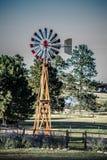 在国家风景的风车 免版税库存照片
