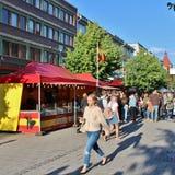 在国际街市上的肉菜饭Espanol 免版税图库摄影