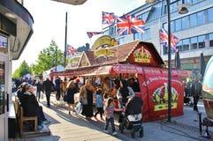 在国际街市上的英国乳脂软糖 免版税库存图片