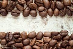 在图象边界的咖啡豆 库存照片