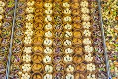 在圆形的黄连甜点 库存照片