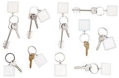在圆环的钥匙与空白的keychain 库存照片