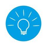 在圆的蓝色背景的电灯泡象 库存照片