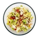 在圆的玻璃碗的健康和鲜美沙拉 免版税库存图片