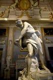 在圆顶场所Borghese罗马Ital的贝尔尼尼雕象 库存图片