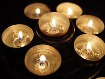 在圈子的蜡烛 免版税库存照片