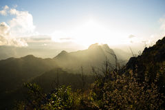 在土井Luang Chiangdao的日出 免版税库存照片