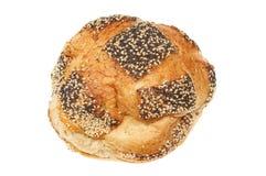 在土气的大面包上添面包 图库摄影