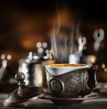 在土耳其样式的咖啡具 免版税库存照片