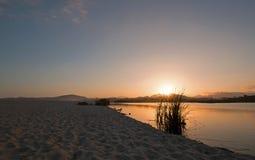 在圣何塞台尔Cabo Estuary/盐水湖的日落在下加利福尼亚州墨西哥 库存图片