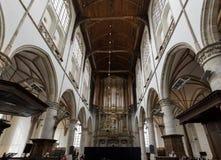 在圣劳伦斯格罗特Kerk教会或伟大的教会里面的两种器官在阿尔克马尔,荷兰 免版税图库摄影